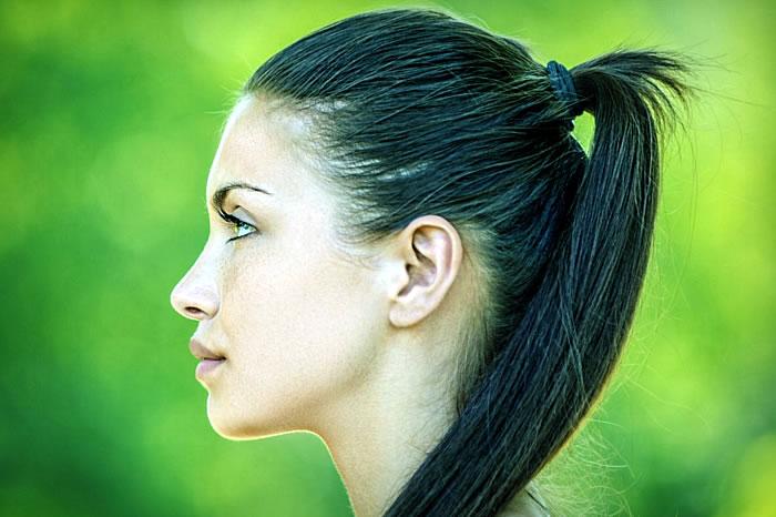 Почему болит кожа под волосами головы