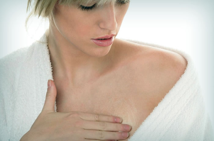Почему болит левая грудь?