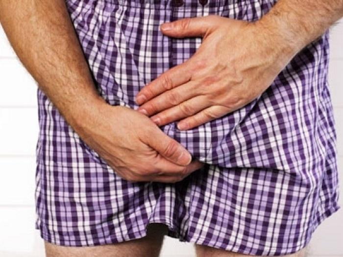 Почему болят яички у мужчин