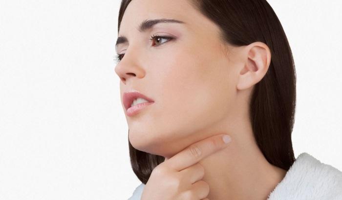 Почему часто болит горло