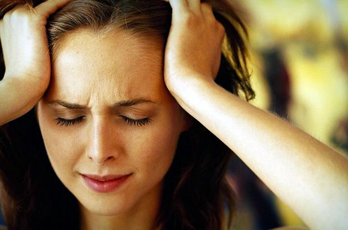 Почему возникают сильные головные боли