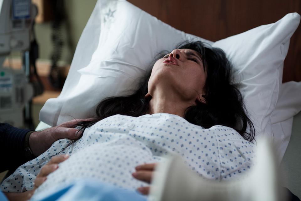 Почему во время родов женщины кричат